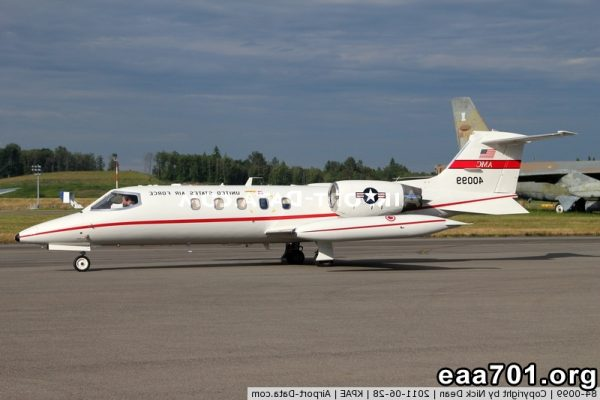 Aircraft photo 0099