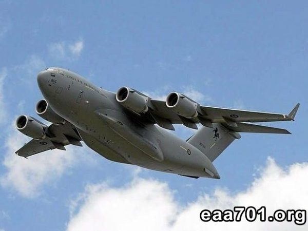 Aircraft photo 017