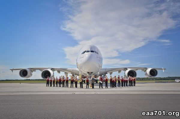 Aircraft photo 80th