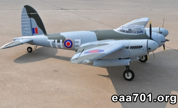 Mosquito aircraft images