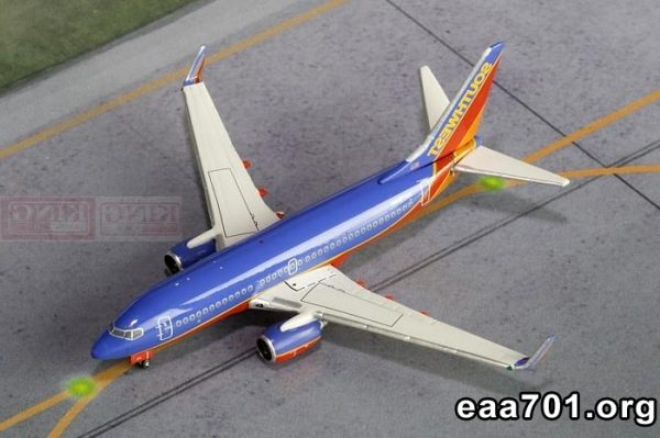 Airplane images 400