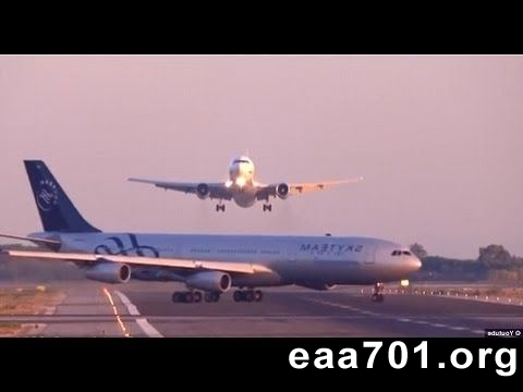 Images of airplane crashes
